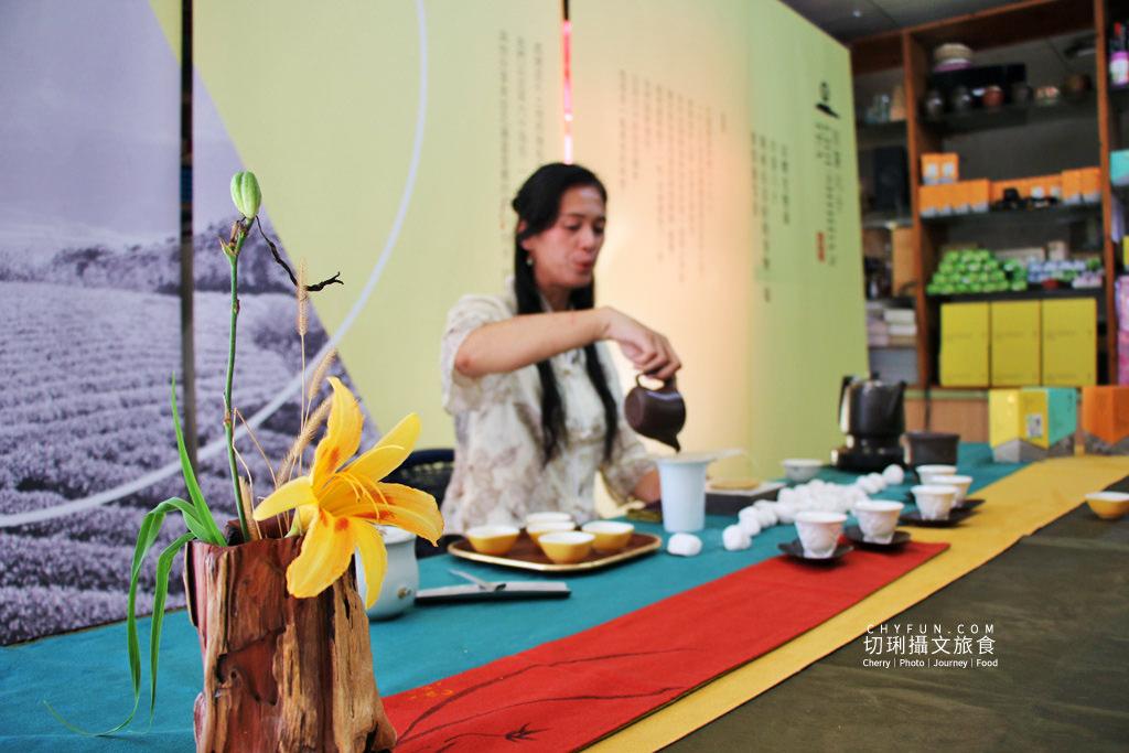 六十石山金針花兩天一夜36_龍安製茶廠採茶品茗、旦茶六十