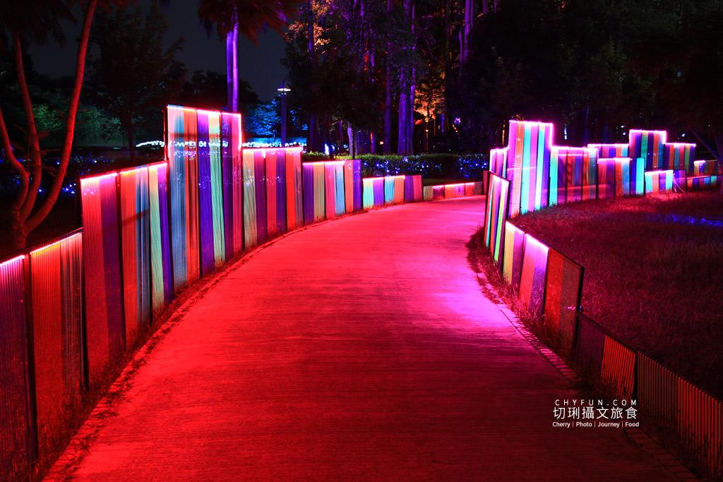 嘉義旅遊光織影舞北香湖公園09 嘉義|光織影舞藝術展在北香湖公園,夜遊全台最大月亮和星羅點點超夢幻