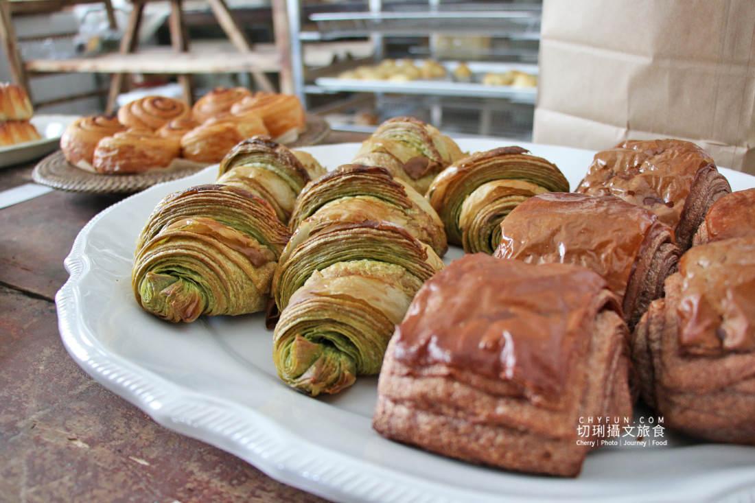 嘉義麵包店小花麵包店22 嘉義 小花麵包店一週只賣兩天,價格不低的文青質感烘焙坊
