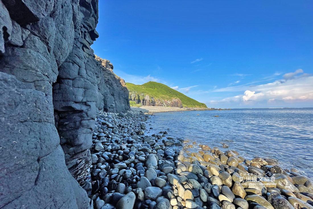 外垵海賊洞19 澎湖 外垵海賊洞美麗的傳說愛心岩洞板狀裂岩,退潮來賞石觀浪獨享靜謐地