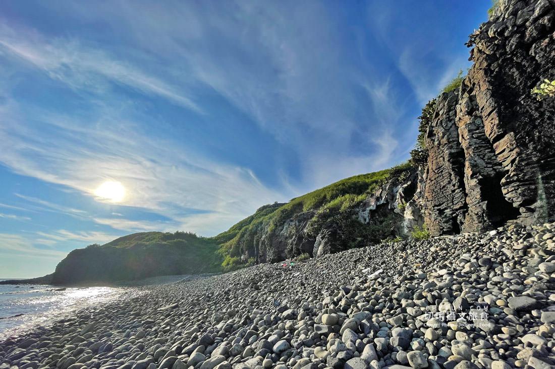 外垵海賊洞24 澎湖 外垵海賊洞美麗的傳說愛心岩洞板狀裂岩,退潮來賞石觀浪獨享靜謐地