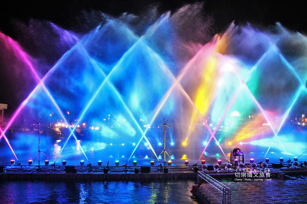 澎湖元宵-外垵元宵溫王宮13 澎湖|西嶼外垵讚元宵,創意水火舞燈光秀花火碼頭施放