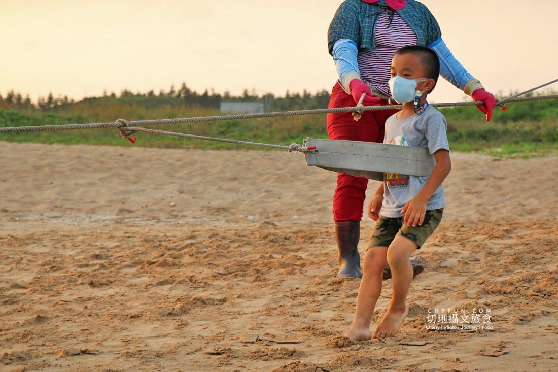 澎湖林投牽罟26 澎湖|牽罟趣體驗在林投沙灘,同心協力靠腰捕魚快來當半日漁夫