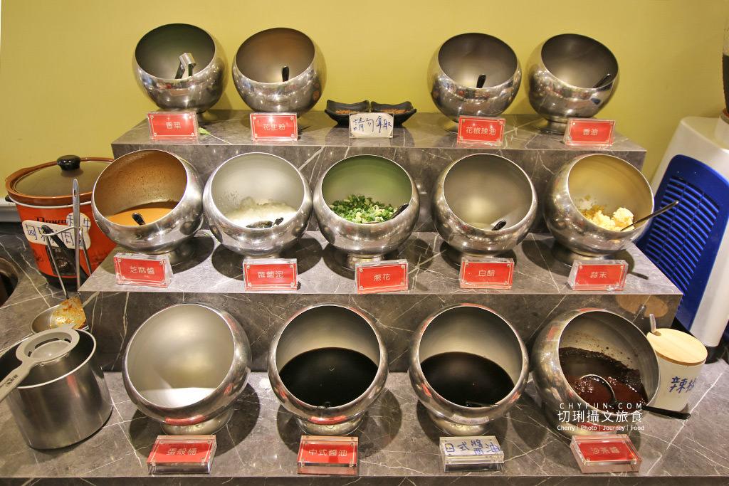澎湖美食、新巴適火鍋吃到飽11 澎湖|澎湖火鍋吃到飽巴適大口吃肉海鮮,典雅華麗風配豐盛餐宴超滿足