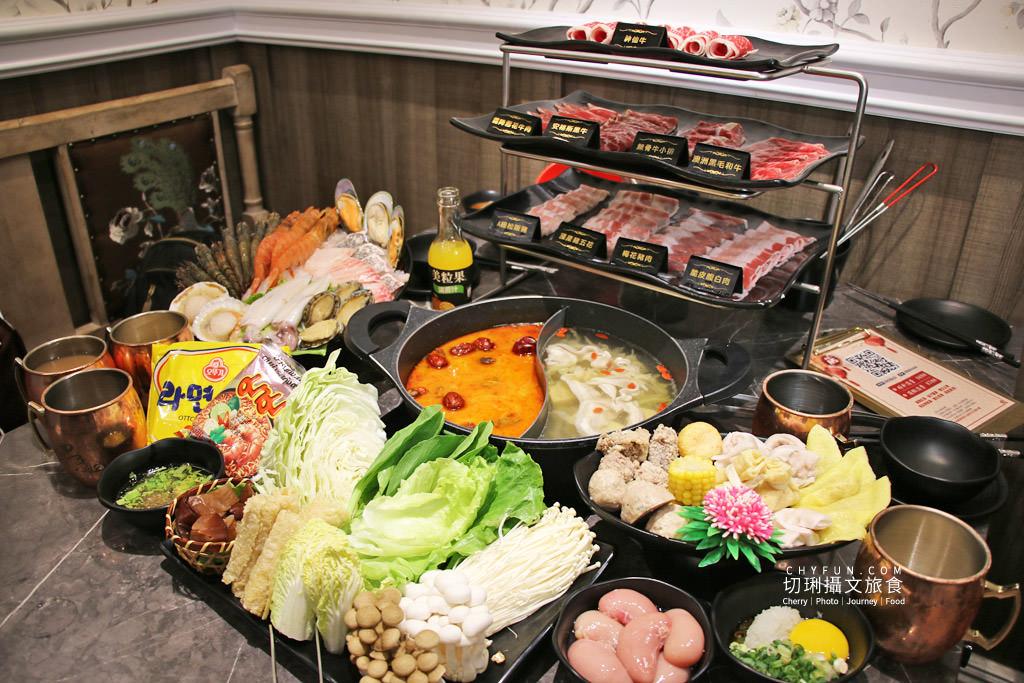 澎湖美食、新巴適火鍋吃到飽15 澎湖|澎湖火鍋吃到飽巴適大口吃肉海鮮,典雅華麗風配豐盛餐宴超滿足