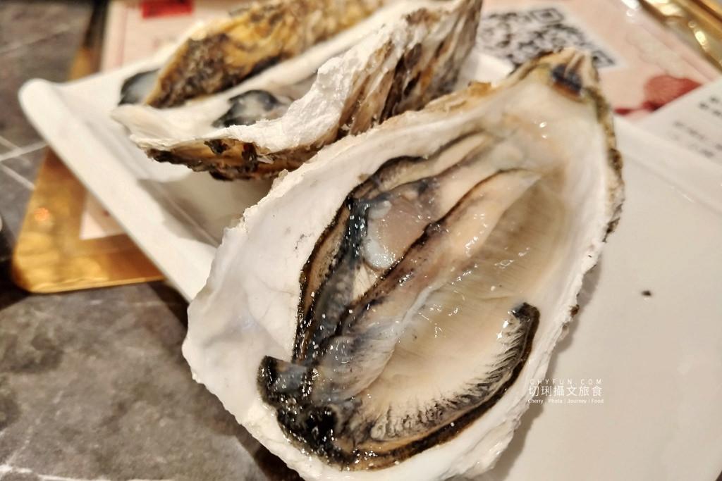 澎湖美食、新巴適火鍋吃到飽25 澎湖|澎湖火鍋吃到飽巴適大口吃肉海鮮,典雅華麗風配豐盛餐宴超滿足