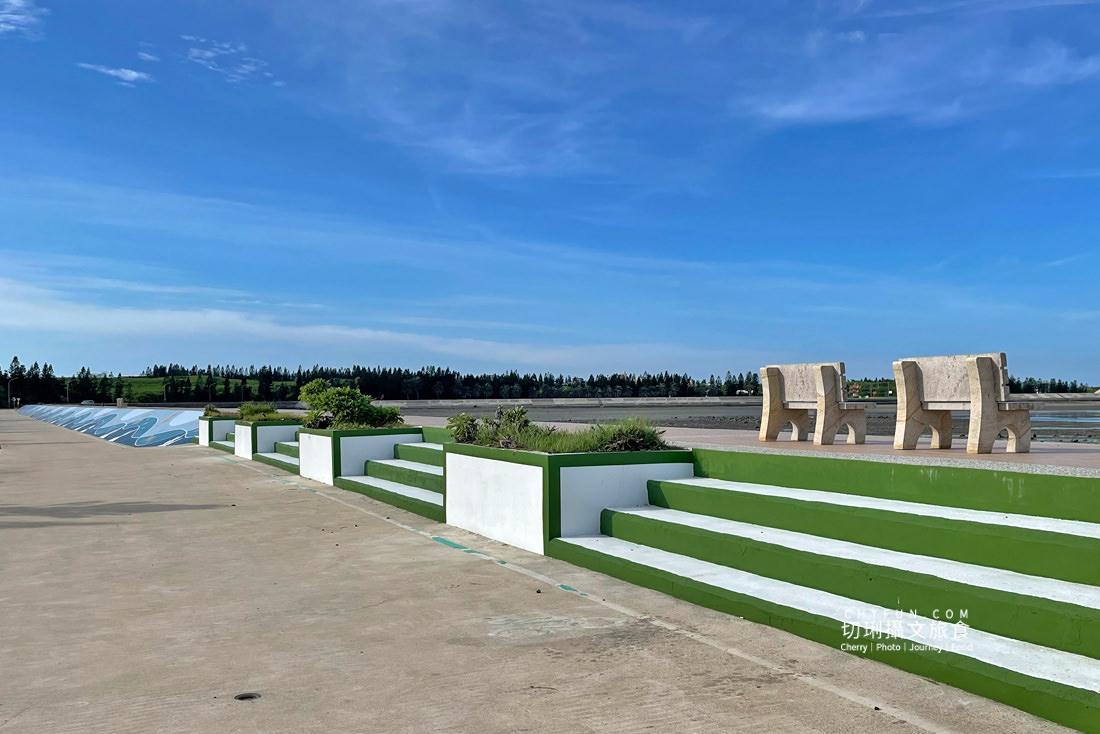 講美OK公園10 澎湖 講美鎮海OK海堤公園改造成愛情公園,週邊堤岸海洋彩繪好吸睛