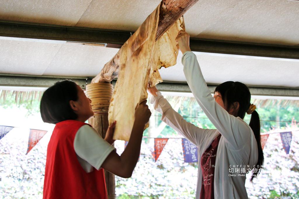 阿里山新美部落野餐那麼古謠22 嘉義|阿里山新美部落品味網美獵人營野餐,圍著營火聽那麼古謠