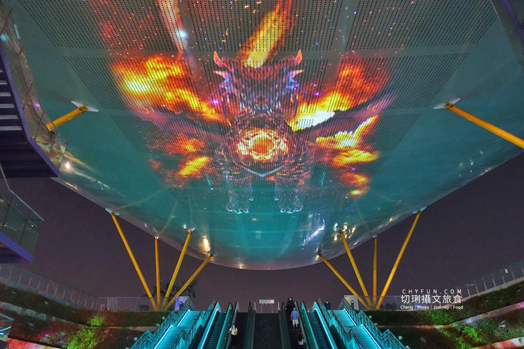 高雄光合作用HIGH-LIGHT高雄鳳翼天翔10 高雄|中央公園X美麗島站光影秀璀璨,鳳翼天翔3D立體投影大型藝術天地兩篇定點播
