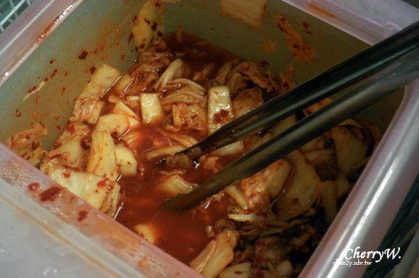 明洞一隻雞-泡菜01