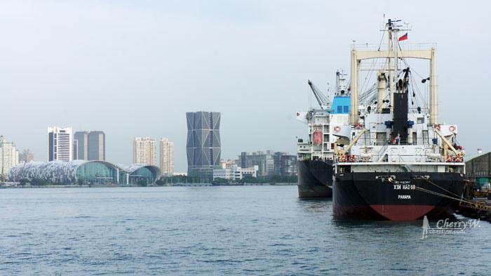 1461755858-f25bdfae1d591f6c0a1045a9bf65ae53 高雄 黃色小鴨遊港趴趴走之日航行.海上觀賞驚豔旅