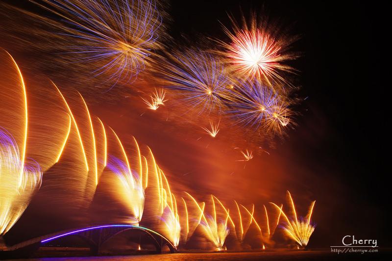 1461756183-7c70cecff039322ffcca439a010f1b79 澎湖|2014澎湖國際海上花火節開幕場現場與花火秀