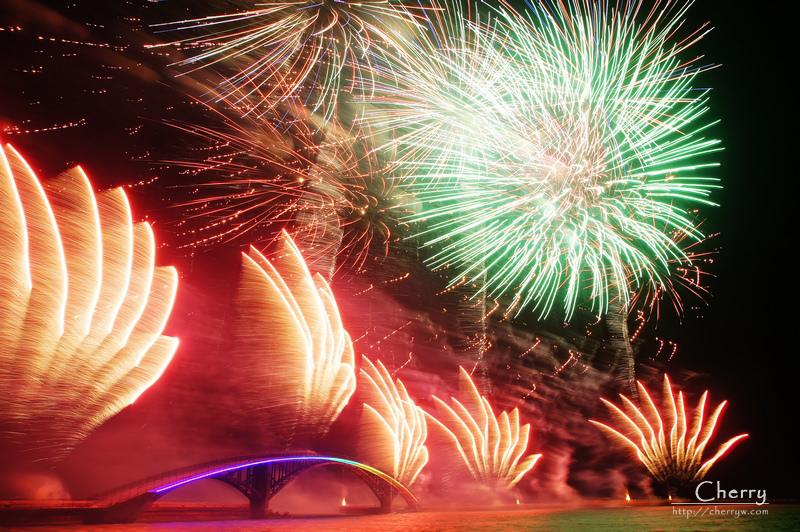 1461756185-73c6f71641cbd996a4645a63519ac8c2 澎湖|2014澎湖國際海上花火節開幕場現場與花火秀