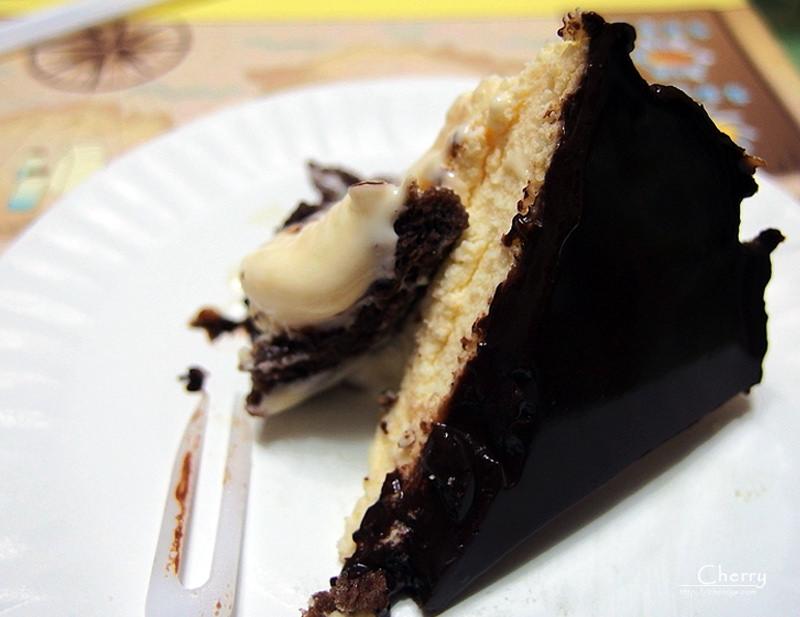 1461756216-382624d1a2d4aa35b05848036bea9f0d 網購|諾亞半熟蛋糕,芋泥乳酪母親節花漾限定版與巧克力融心乳酪蛋糕,一次享用融化