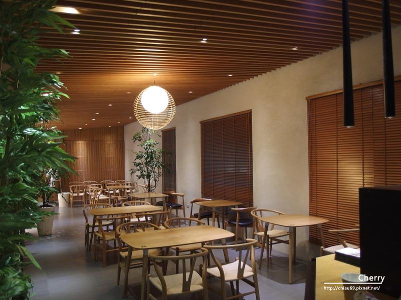 1461756271-920e24e8c73b77ea3bc3fcdb4b738d41 高雄|懿品乳酪菓子手造所,清水茶食,就是單純的享有美食與空間藝術