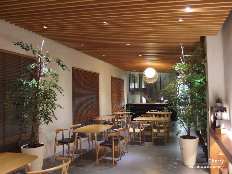 1461756272-3fa69f6721467b3ede185091260c4cc8 高雄|懿品乳酪菓子手造所,清水茶食,就是單純的享有美食與空間藝術