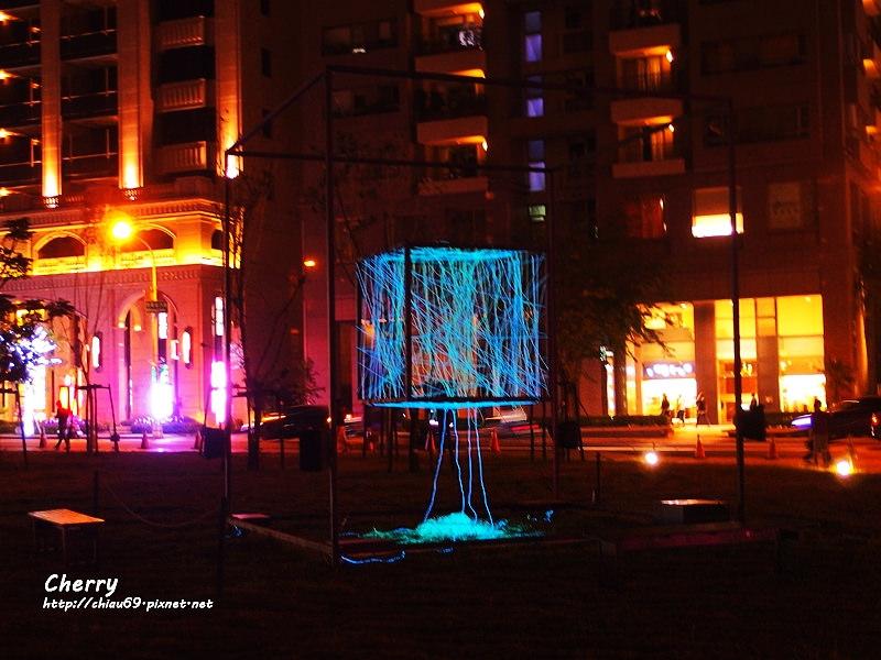 1461753855-e2f0c759b28cab5cfcf415feeeafab5a 台中|臺中國家歌劇院夜景與光影藝術節,光影互動Light Night