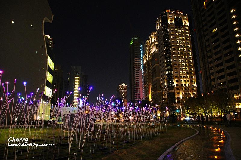 1461753857-2e71934c05967e4e532e7af9a2901717 台中|臺中國家歌劇院夜景與光影藝術節,光影互動Light Night