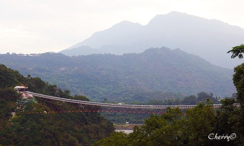 山川琉璃吊橋05.jpg