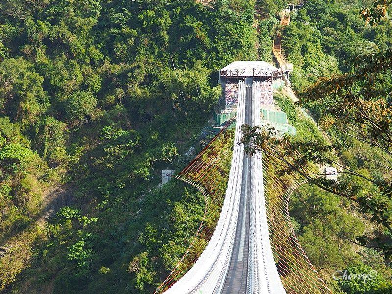 山川琉璃吊橋07.jpg