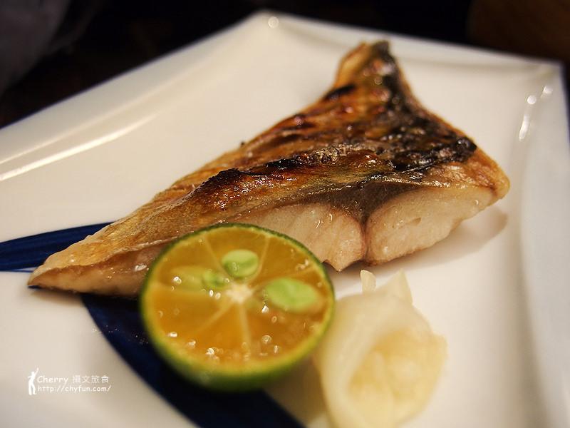 1461756706-43b88d07e273ef6d02cf214f5f2d04b4 高雄|SUSHI SUSHI 壽司一番技,新鮮厚實好美味