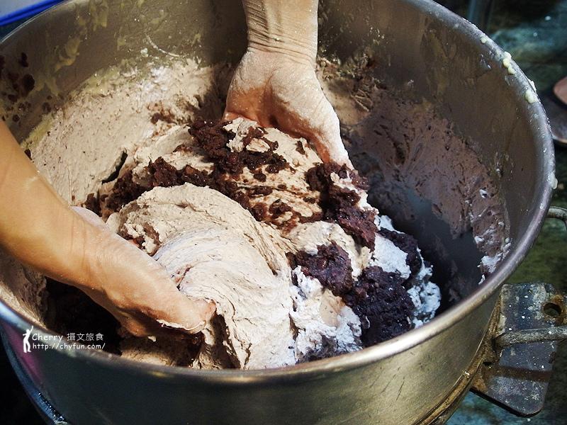 1461756736-1f6ea97fddea17cd56df844e1895bd10 高雄 阿綿麻糬正式推出年糕、蘿蔔糕,耗時費工又真材實料,年年高昇好菜頭
