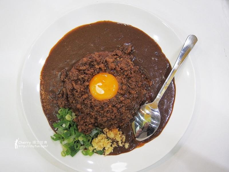 1461756775-cca66df7d8b460af4a45130317dca18d 高雄|台灣咖哩,台式肉燥與日本咖哩的結合