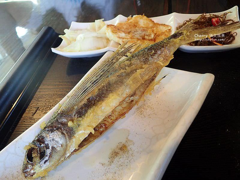 1468063830-66f853c30d8b882b94c14f5a8c24f7f5 屏東|小琉球島上船造型的金獅子餐廳,饗用特色餐點