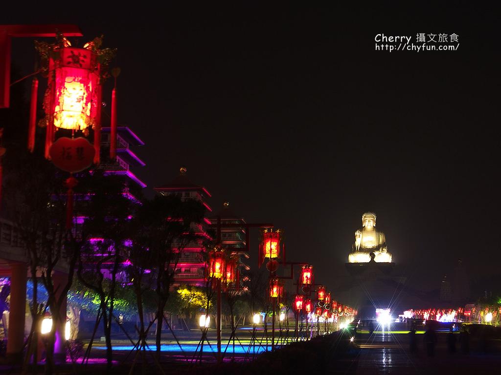 佛光山2017年春節平安燈法會與3D光雕煙火秀