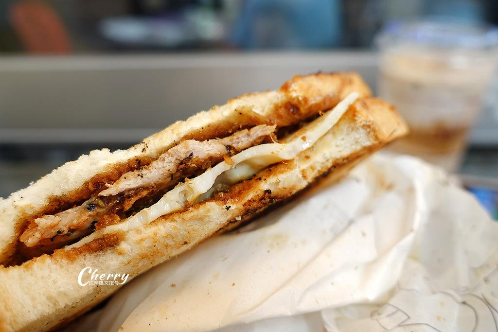 20170826014555_4 澎湖|龍門碳烤三明治、燒烤,炭火汗水交織的傳統美味