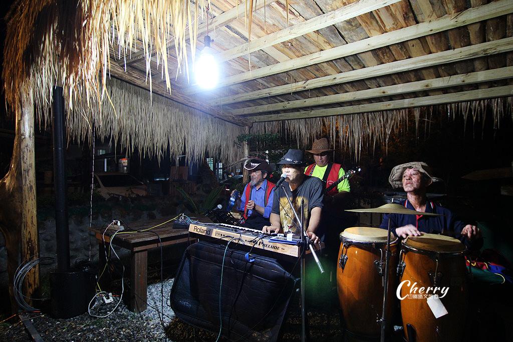 20170926044810_8 嘉義 阿里山逐鹿部落鄒遊星光晚宴,聽獵人在唱歌氛圍超愜意