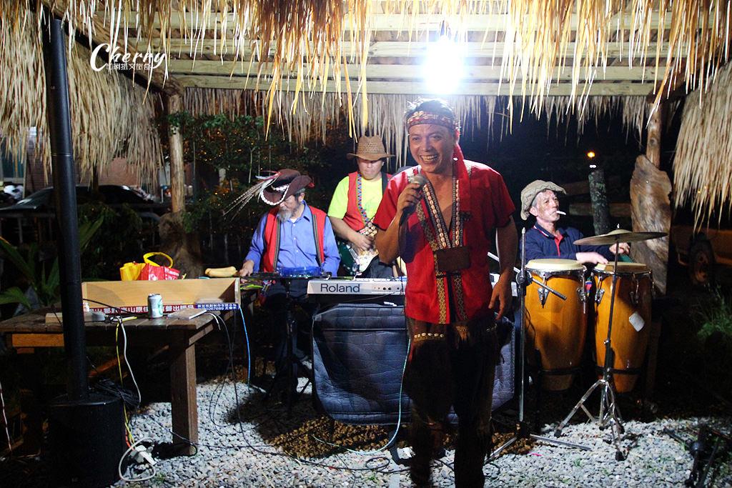 20170926044909_53 嘉義 阿里山逐鹿部落鄒遊星光晚宴,聽獵人在唱歌氛圍超愜意