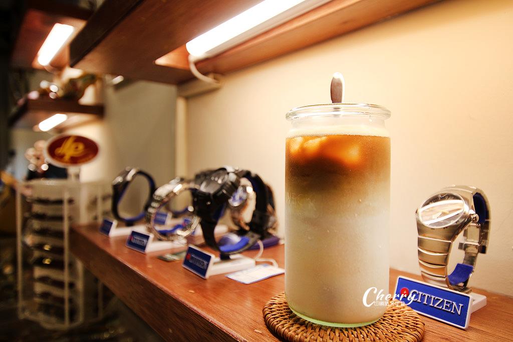 20171106231754_68 雲林|土庫喝咖啡,走入時光旅行的金茂利鐘錶咖啡