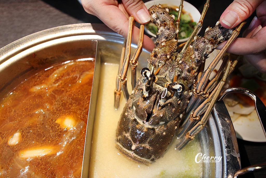 20171205001047_83 高雄|方圓涮涮屋新鮮海鮮盤,大隻龍蝦與滿滿蝦爆鍋