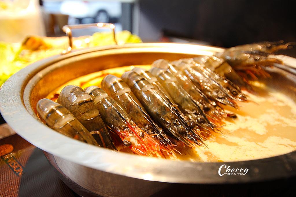 20171205001050_15 高雄|方圓涮涮屋新鮮海鮮盤,大隻龍蝦與滿滿蝦爆鍋