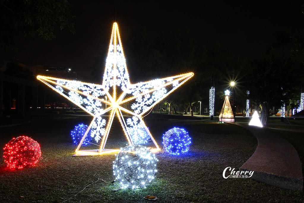 20171208121544_12 屏東|聖誕節燦爛在屏東公園,走在主題燈區浪漫體驗