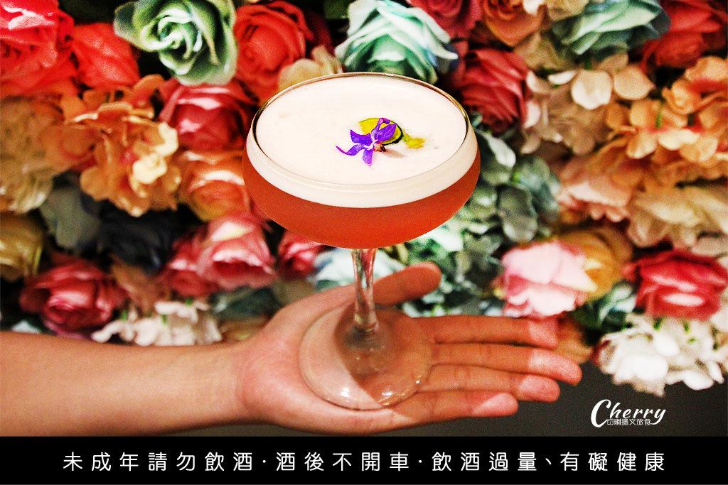 20180223055951_66 高雄|無菸酒吧,Mr.TK創意調酒與乾燥花牆好浪漫