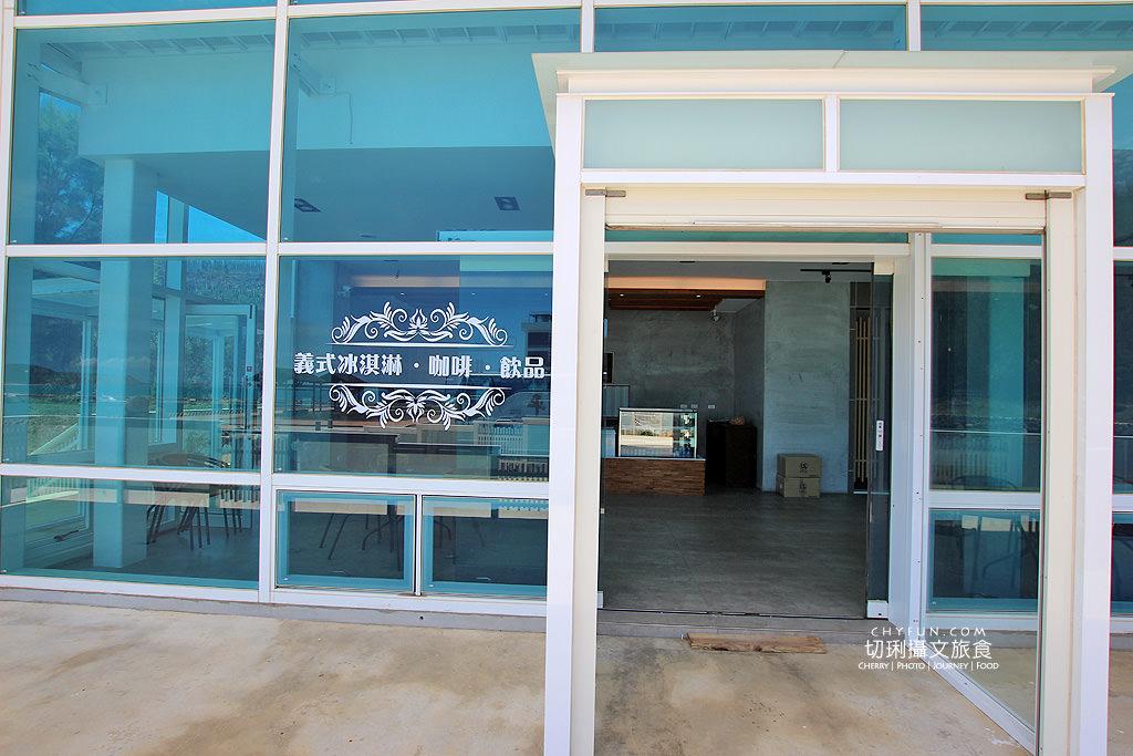 20180616183044_50 澎湖|大菓葉冰淇淋文化館,在依山傍海的純白建築玻璃屋吃冰喝咖啡