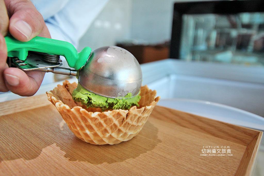 20180616183117_57 澎湖|大菓葉冰淇淋文化館,在依山傍海的純白建築玻璃屋吃冰喝咖啡