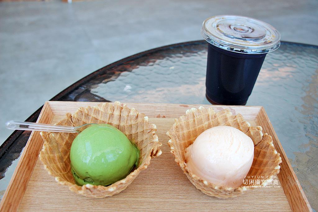 20180616183132_47 澎湖|大菓葉冰淇淋文化館,在依山傍海的純白建築玻璃屋吃冰喝咖啡