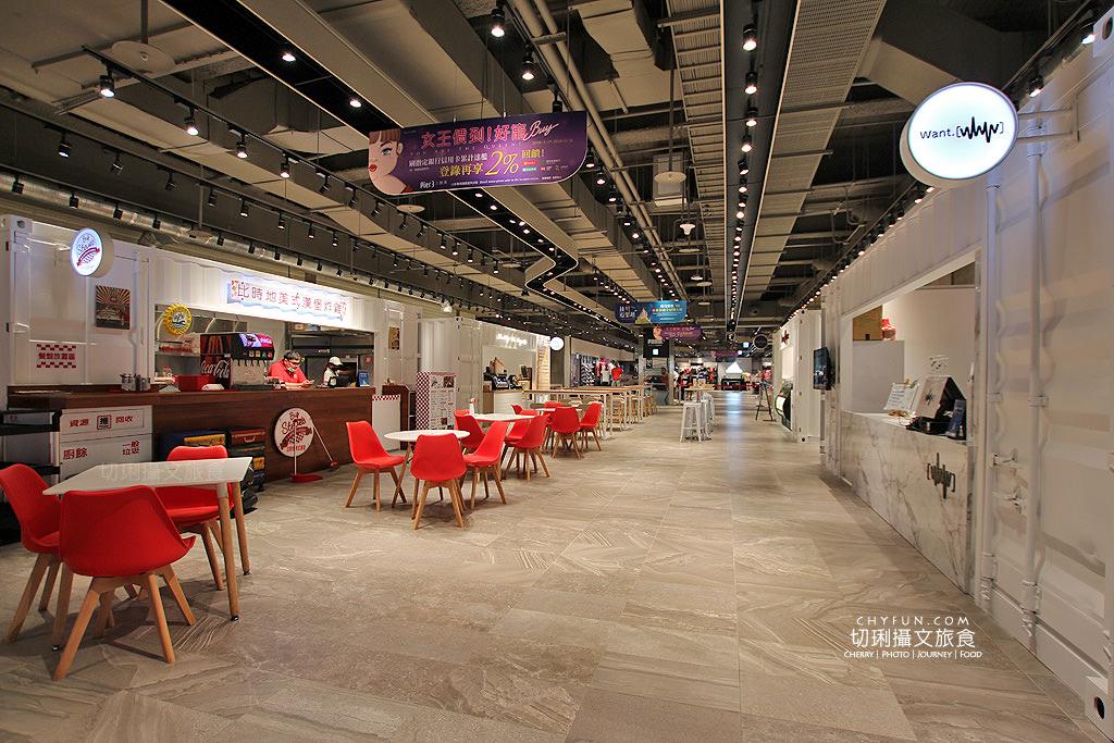20180619044432_77 澎湖|三號港購物中心,最大免稅店吃喝玩購一站擁有