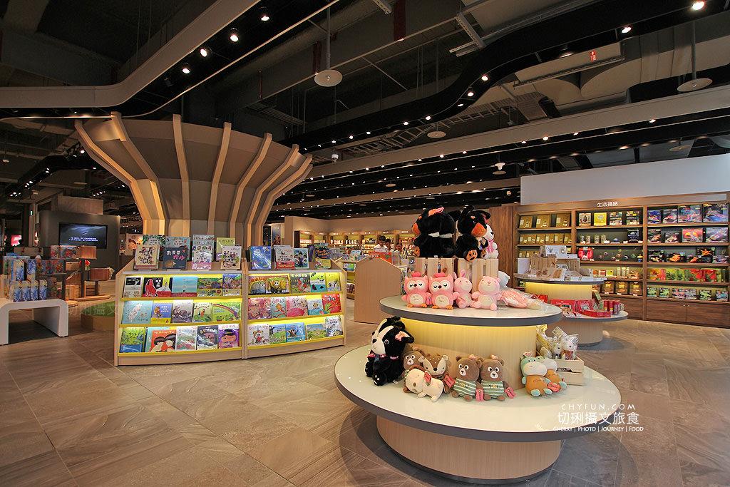 20180619044548_62 澎湖|三號港購物中心,最大免稅店吃喝玩購一站擁有