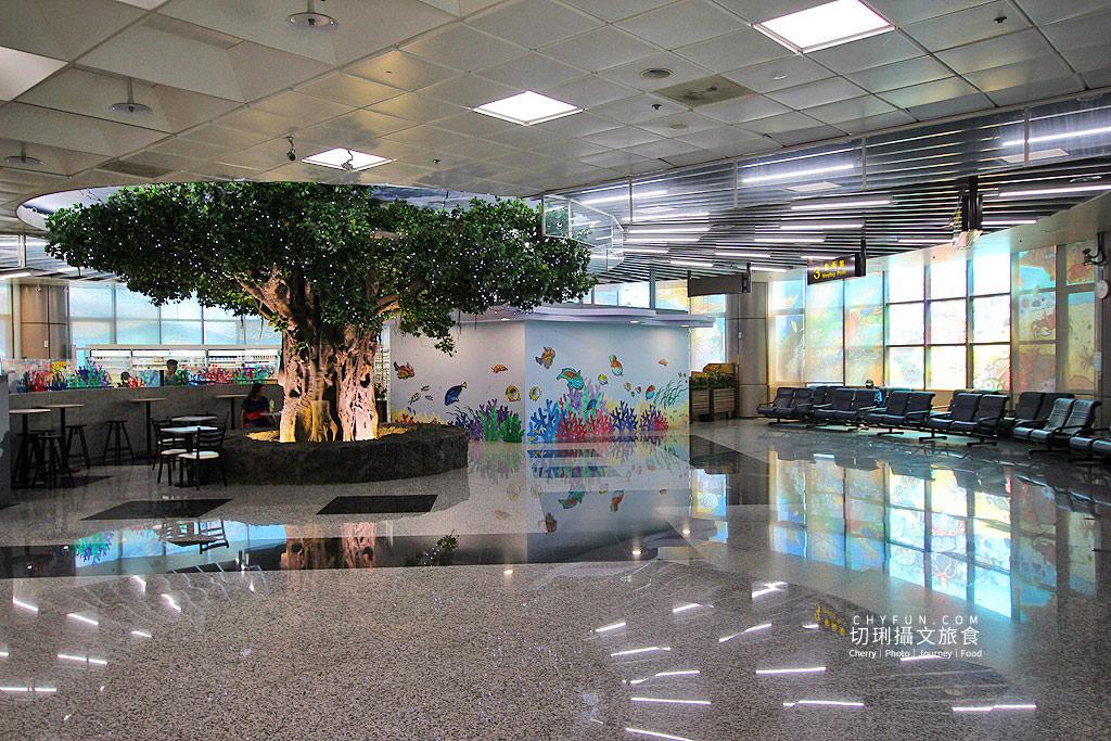 20180927030825_32 澎湖 吹吹風咖啡配飛機,在澎湖機場喝咖啡候機接機