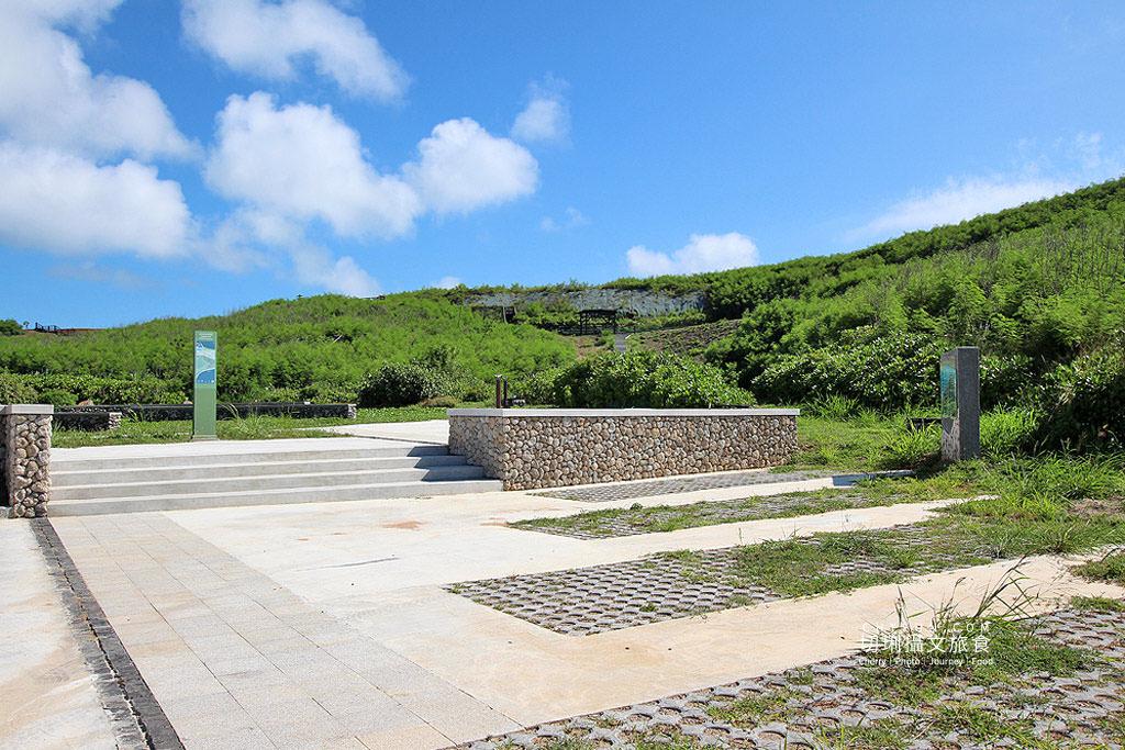 20190416041318_5 澎湖|西嶼地標視野佳,咾咕石公園登山步道橫跨合界橫礁