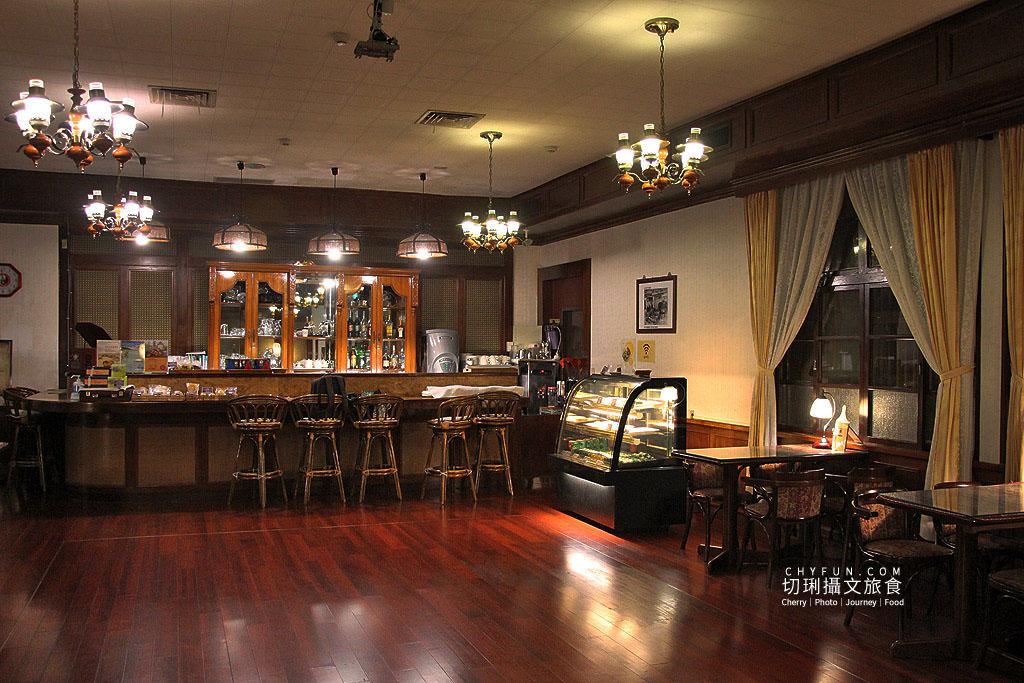 20190526185903_19 嘉義|百年1913阿里山舊事所,欣賞瑰寶入內50年代咖啡廳坐坐