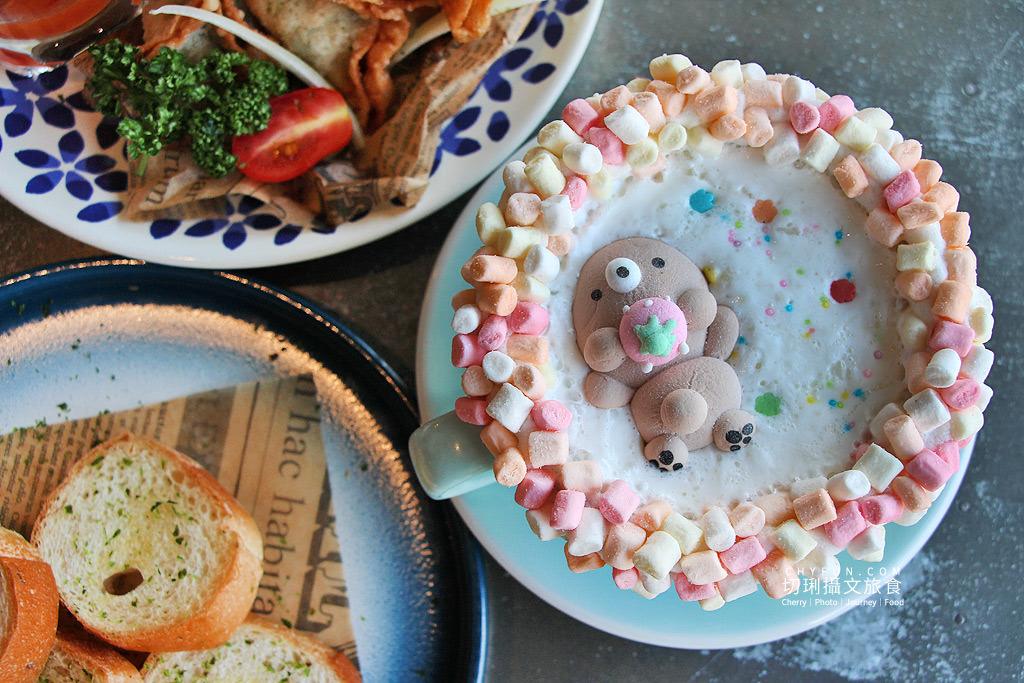 20190725214712_1 澎湖|甜點萌系在雛菊餐桌,豐盛義式料理與誇張甜點美味人心胃