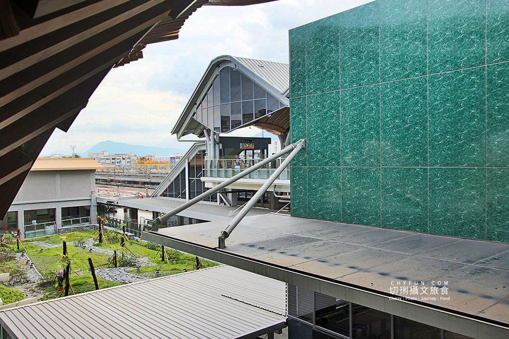 20190907001020_6 花蓮|花蓮車站綠建築山海意象,迎賓傘與新穎空間通透明亮