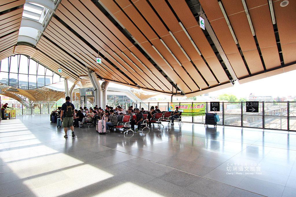 20190907001040_27 花蓮|花蓮車站綠建築山海意象,迎賓傘與新穎空間通透明亮