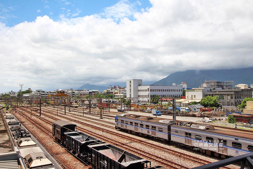 20190907001043_11 花蓮|花蓮車站綠建築山海意象,迎賓傘與新穎空間通透明亮
