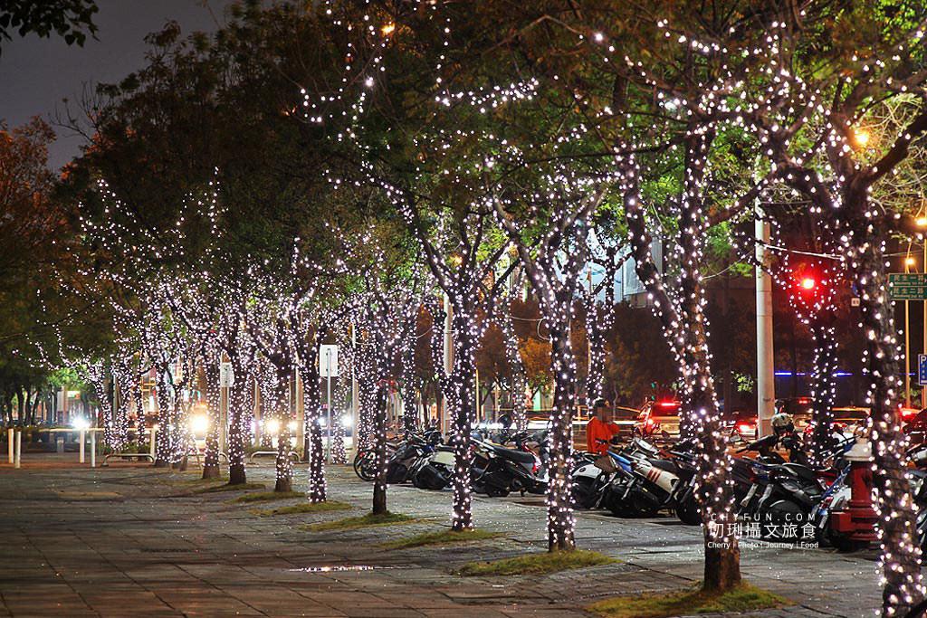 20191206025809_88 高雄 高雄追光季LOVE中央公園,聲光影互動打造全台之最聖誕樹